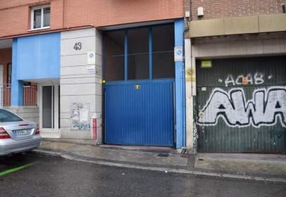 Garage in calle de la Hierbabuena, near Calle de Sor Angela de la Cruz