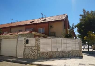 Casa adossada a Seseña Nuevo