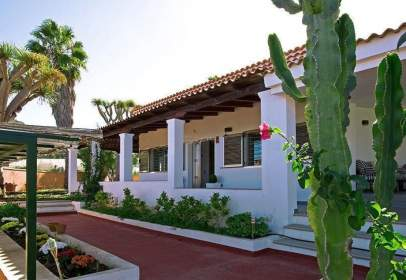 House in calle Las Hoyas