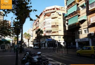 Piso en calle de Góngora, 28