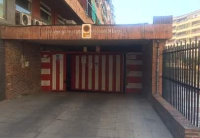 Garatge a calle del Escultor Pablo Loyzaga, nº 06