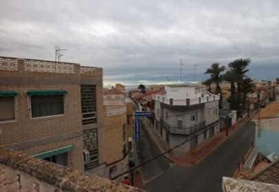 Piso en calle Antonio Tárraga