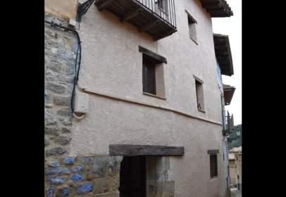 Casa aparellada a Matarraña - Peñarroya de Tastavins