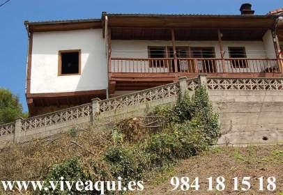 Casa en Riosa