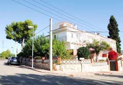Casa adossada a Creixell