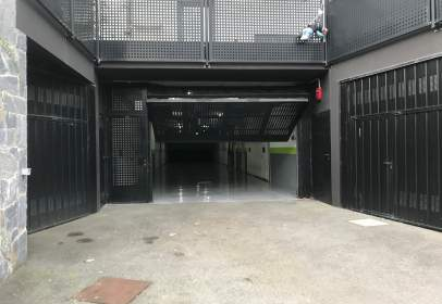 Garaje en calle de Elizabete Maiztegi