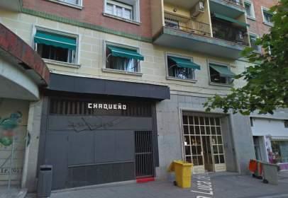 Local comercial a Plaza Luca de Tena
