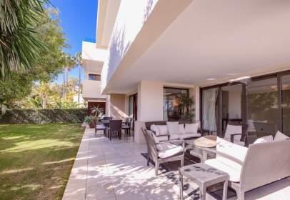 Apartment in calle de los Monteros