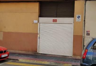 Garatge a calle Hernandez Lazaro, prop de Avinguda del Pare Carlos Ferris