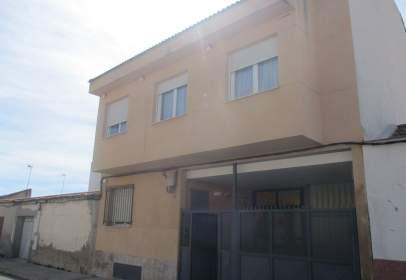 Flat in calle de Albala