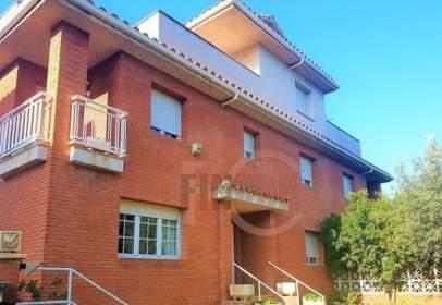Casa pareada en Cerdanyola del Vallès - Centre - Cordelles
