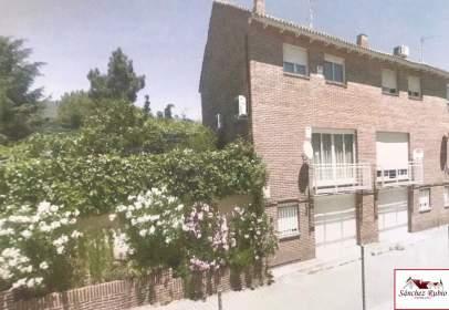 Casa adosada en Torrelodones - los Ángeles - Jarandilla