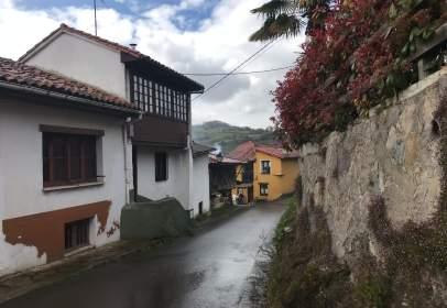 Casa adosada en calle Santa Eulalia