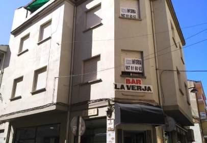 Edificio en calle de Gabriel Franco