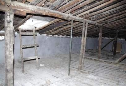 Casa en  Mombeltrán