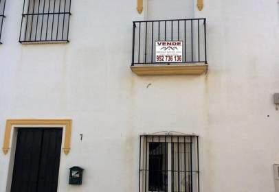Casa adosada en calle de Málaga
