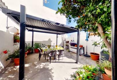 Casa a Zona Ronda de Poniente-Avenidas Salobreña-Enrique Martín Cuevas