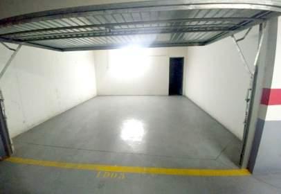 Garatge a calle Maestro Serrano