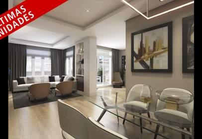 Penthouse in calle Ferraz,  41