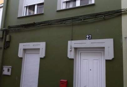 Casa adosada en calle Maria