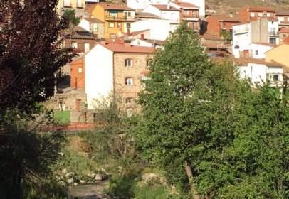 Piso en calle del Almanzor, nº 5