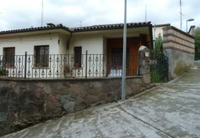 Casa en Carrer de Montesquiu
