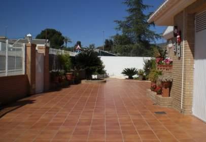 Casa en Avenida Corts Valencianes