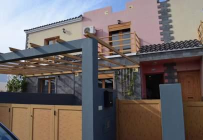 Duplex in calle General Moscado