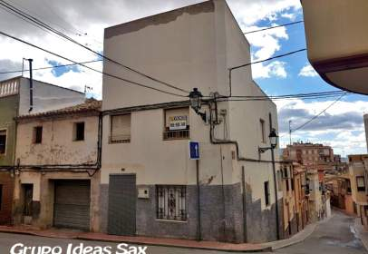 Casa adossada a calle Santa Eulalia