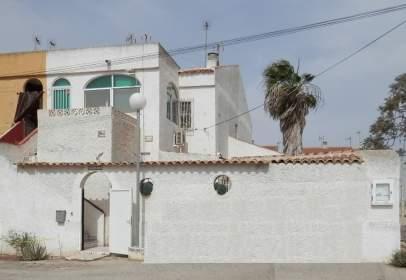Casa en calle Neptuno, 689