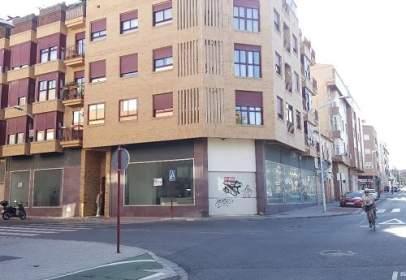 Commercial space in La Milagrosa-La Estrella-San Antón