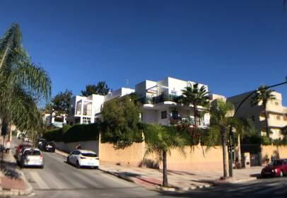 Apartamento en Avenida de Carlota Alessandri, cerca de Calle Montemar