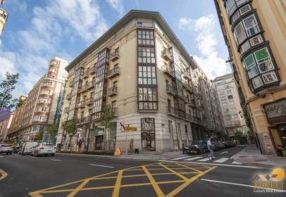 Penthouse in calle Isabel II, nº 23