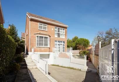 Casa en calle de la Dalía