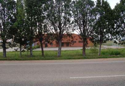 Nau industrial a Carretera de Salamanca