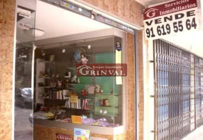 Local comercial a calle Porto Colon