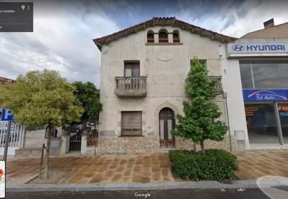 Casa adosada en Carrer de Catalunya, nº 156