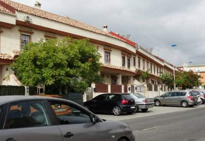 Casa adosada en Avda. Andalucia