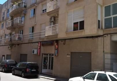 Pis a calle Santa Sofia