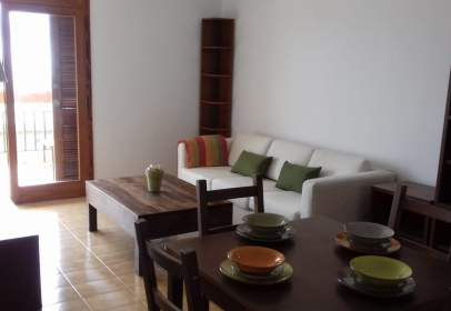 Flat in calle Rubens Marichal Lope