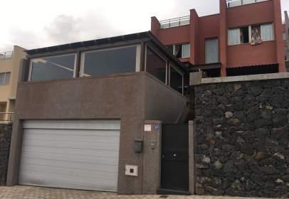Casa en calle Uno Moriscos