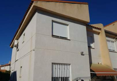 Casa pareada en Zona Avinguda Alta-Auditori
