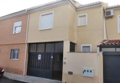 Casa a calle Manzana, nº 24