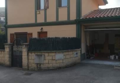 Chalet adosado en Otañes-Baltezana-Ontón