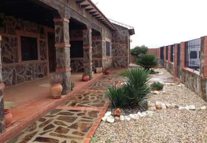 Casa rústica en calle Camino de los Garullo