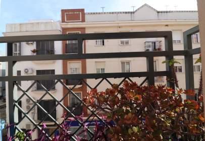 Piso en calle Lucena del Puerto