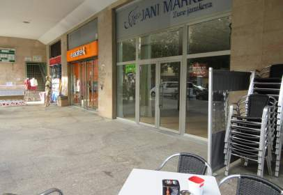 Commercial space in Avenida Zumalakarregi