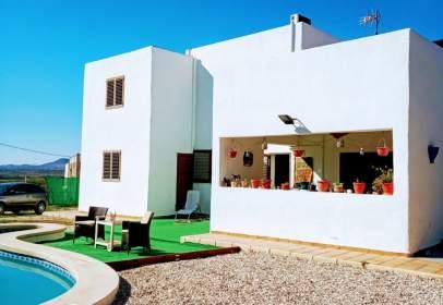 Casa en calle Las Grazas