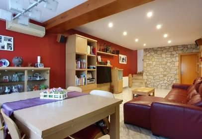 Casa a calle Josep Maria de Segarra , nº 25