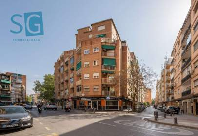 Piso en calle de Juan de la Cierva